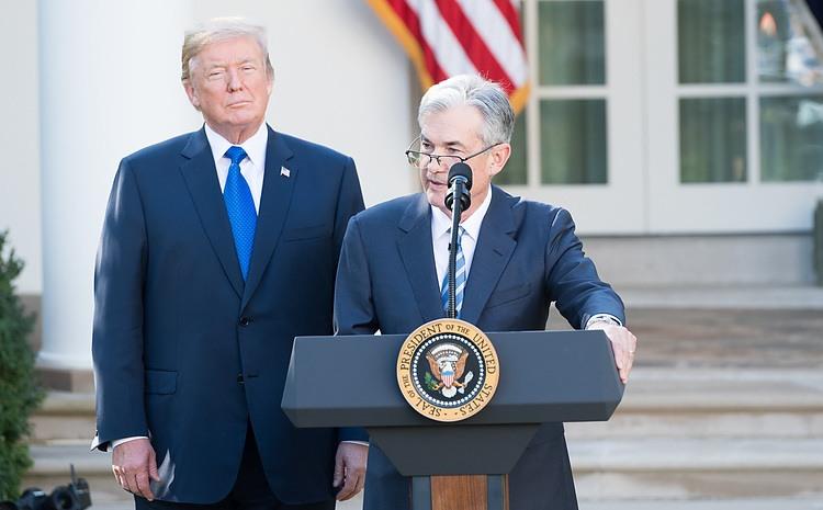 Dollar extends decline, Bitcoin holds high ahead of US inflation, Powell's speech