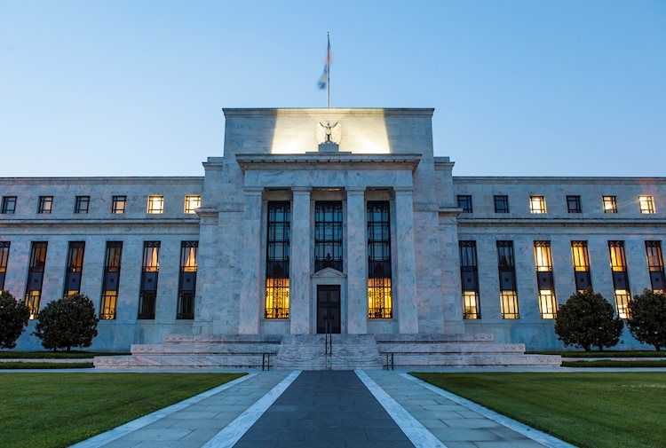 Dollar on the back foot ahead of the Fed, cryptos recover, covid news eyed