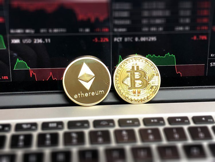 Can Ethereum (ETH) and XRP recover faster than Bitcoin (BTC)?