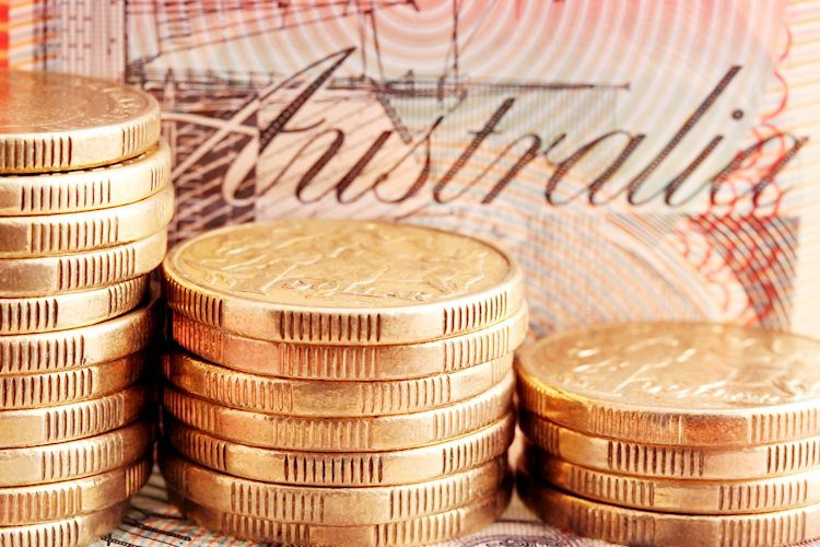 AUD/USD fails to stage a convincing rebound, slumps to weekly lows near 0.7750