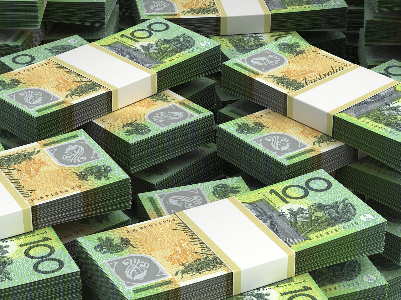 Australian Dollar Weakens Amidst